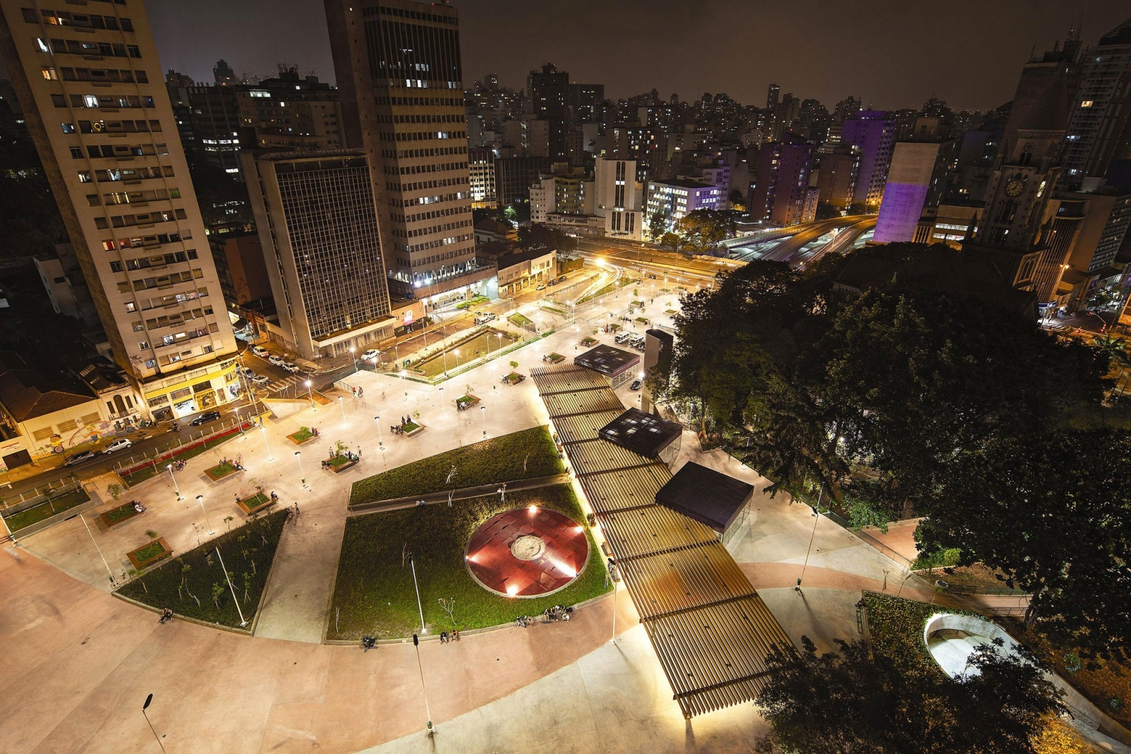 Praça Roosevelt2